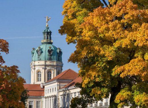 Berlin Schloss Charlottenburg Herbst